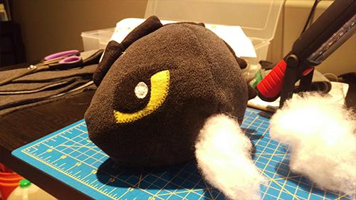 Plushi Zwi stuffing head